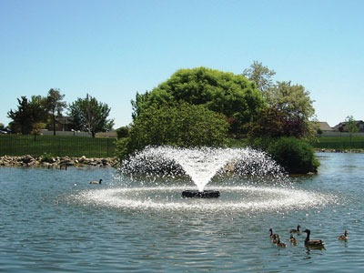 Lake fountain system with wide spread and aeration functionality