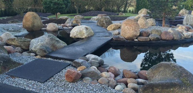 Large Concrete and Fibreglass lined pond